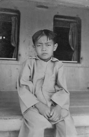 Sao Hseng Ong as a boy, at Yawnghwe Haw